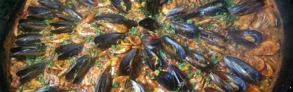 Lady paella Seafood Paella